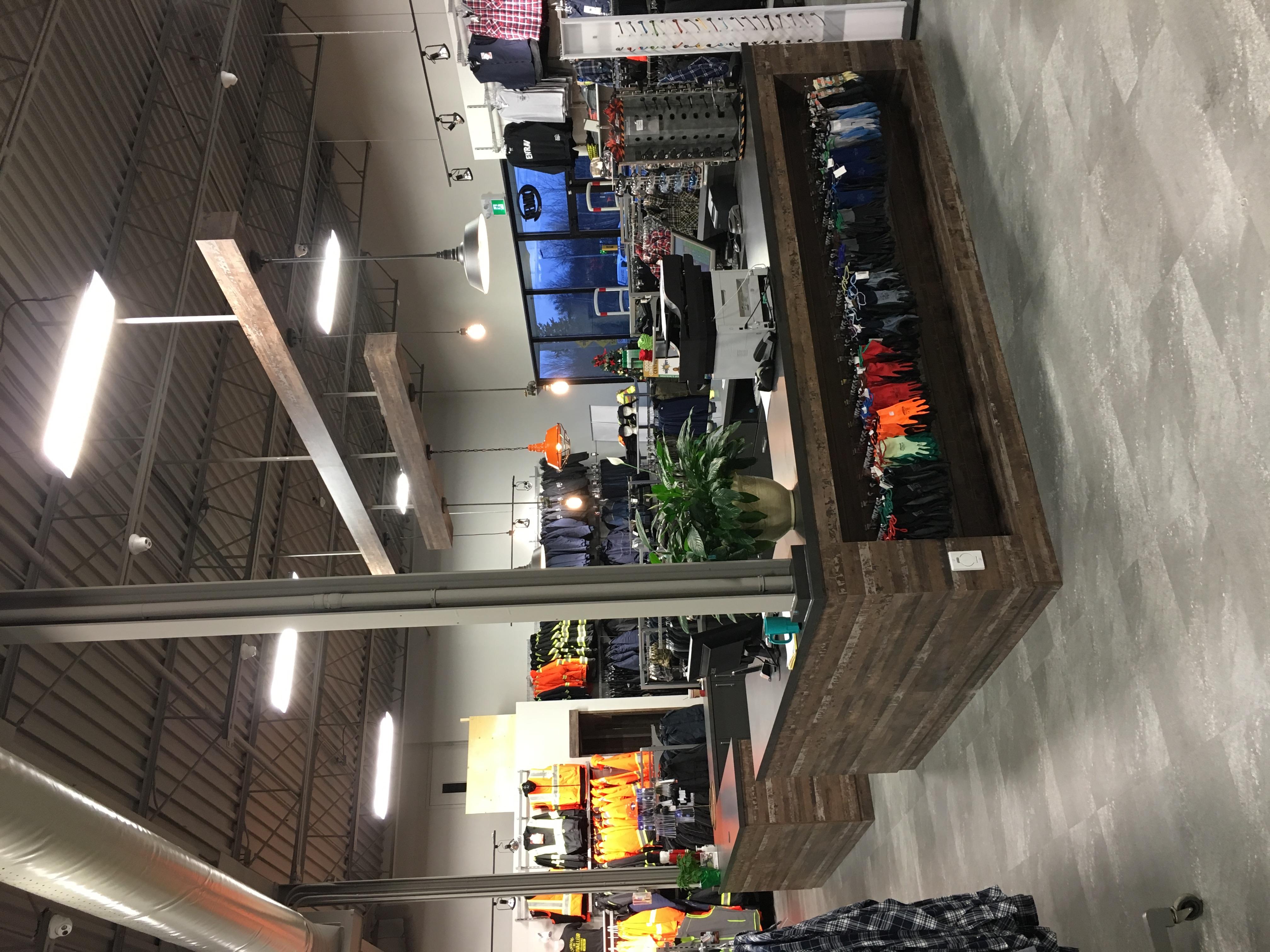 L'Entrepôt du Travailleur - Sherbrooke